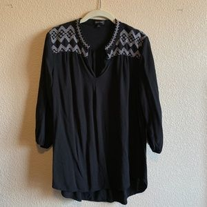 Spense Black & White Embroidered Tunic Size L